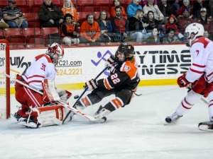 Ryan Larkin makes one of his 20 saves on Friday (photo by Cathy Lachmann/BoB).