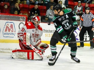 Miami's Ryan Larkin makes one of his 38 saves on Friday (photo by Cathy Lachmann/BoB).